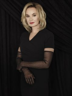 """Jessica Lange Stars In FX's TV Hit """" American Horror Story: Coven As The Supreme Witch, Fiona Goode. Also guest starring this season: Kathy Bates,Angela Bassett as well as many old faces re-appearing. American Horror Story Coven, American Horror Story Seasons, Ahs, Jamie Lee Curtis, Susan Sarandon, Helen Mirren, Coven Characters, Evan Peters, True Blood"""