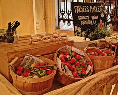 The farmers cart at The Ritz-Carlton, New Orleans features local seasonal favorites. Ponchatoula strawberries are in season from January to May. However, you can stop by this cart any Friday or Saturday afternoon to enjoy our culinary offerings. From strawberry shortcakes to strawberry preserves, the possibilities are endless.