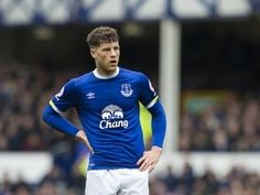 "The Sun apologises to Everton midfielder Ross Barkley for ""gorilla"" slur"
