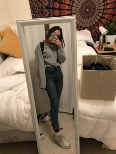 trendy outfits for school Stylish Clothes - School Outfits ✨ Trendy Outfits For Women, Lazy Outfits, Outfits With Converse, Everyday Outfits, Outfits For Teens, Stylish Outfits, Girl Outfits, Cute Outfits, Fashion Outfits