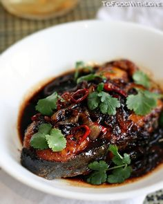 This is a simple Malaysian-style dish of deep-fried mackerel in a sweet and spicy soy-based gravy that is delicious served with steamed w. Endive Recipes, Fish Recipes, Seafood Recipes, Asian Recipes, Cooking Recipes, Healthy Recipes, Chinese Recipes, Dinner Recipes, Prawn Recipes