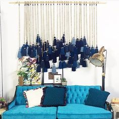 Blue inspiration by @rentpatina. #regram #blue #bluedecor #bluelife #blue #interior #interiordesign #interiorstyle #interiorinspiration #instainterior #instadecor #instablue #tenture #pompons