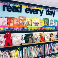 If this classroom library doesn't scream.READING IS IMPORTANT. This is not my classroom library. School Library Decor, Library Rules, School Library Displays, Elementary School Library, Library Themes, Library Boards, Library Activities, Classroom Displays, Library Ideas