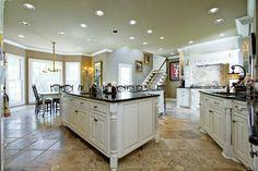 Love this huge kitchen