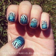 ombre tiger nails #rawr