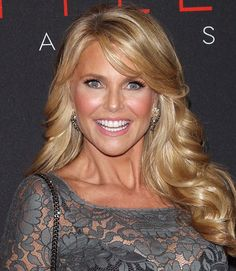 Brunette Balayage for Thick Hair - 50 Cute Long Layered Haircuts with Bangs 2019 - The Trending Hairstyle Haircuts With Bangs, Layered Haircuts, Pixie Haircuts, Celebrity Bangs, Curled Bangs, Curls For Long Hair, Soft Curls, How To Cut Bangs, Christie Brinkley