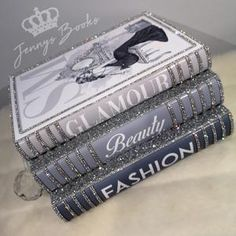 Chanel Book Decor, Silver Bedroom, Bling Bedroom, Living Room Decor, Bedroom Decor, Bedroom Ideas, Glamour Decor, Stack Of Books, Coffee Table Books