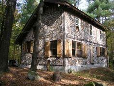 Cordwood home in Upstate New York, off-grid. www.rainharvest.co.za