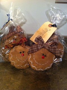 Primitive gingerbread man Ornie by Threesmallfryprims on Etsy, $8.00
