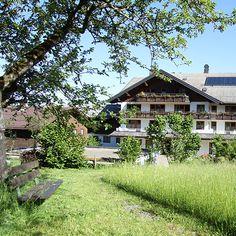 Auszeithotel Rossbad: set amidst the hills and meadows of the Bregenzewald, the hotel enjoys a quiet location in the village Rossbad Krumbach. Wellness hotel in Krumbach/Bregenzerwald in Vorarlberg #visitvorarlberg #myvorarlberg