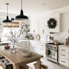 Top 5 Inexpensive kitchen Room ideas What would you cook in this kitchen I would probably cook something simple because im not realy. Rustic Kitchen, New Kitchen, Kitchen Decor, Kitchen Design, Kitchen Layout, Kitchen Interior, Kitchen Ideas, Beautiful Kitchens, Custom Furniture