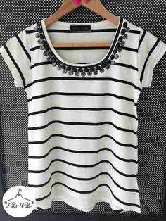 T-shirt Stripes Off White & Preto { Listras } Bordada - R$ 94,90