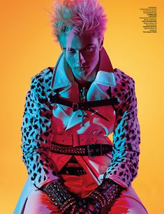 Superstar of the modeling scene Lucky Blue Smith takes the pages of Numero Homme Germany's Summer 2015 edition captured by fashion photographer Alexei Hay. Rock Chic, Glam Rock, Lucky Blue Smith, Poses, Punk Mode, Drag King, Look Man, Billy Idol, Versace