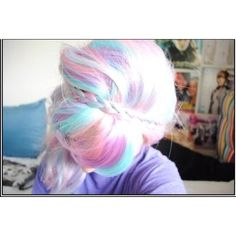 Sweet hair! I'd love to have this for a little while lol