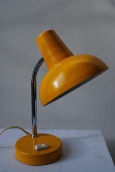 Geel bureaulampje