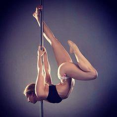 @keepdancing.pole and @miltonsouza #ig_poledance