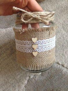 New Wedding Vintage Diy Decoration Mason Jars 51 Ideas Wine Bottle Crafts, Mason Jar Crafts, Mason Jar Diy, Bottle Art, Burlap Crafts, Diy And Crafts, Crochet Jar Covers, Floating Shelves Diy, Decorated Jars