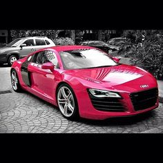 As long as Its an Audi R8, the colour does not matter