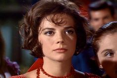 """Natalie Wood in """"West Side Story"""" Natalie Wood, Golden Age Of Hollywood, Vintage Hollywood, Hollywood Glamour, Classic Hollywood, Hollywood Stars, Divas, Splendour In The Grass, Thing 1"""