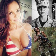 Guns and stuff Female Marines, Female Soldier, Mädchen In Uniform, Military Girl, Military Women, Girls Uniforms, Bikini Photos, Bikini Girls, Womens Fashion