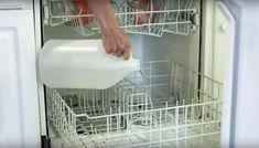 Vos verres sont ternis à cause du lave-vaisselle? Redonnez-leur tout leur éclat avec cette astuce simple! - Trucs et Bricolages