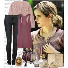 "Hermione Granger's magical bag in ""Harry Potter and the Deathly Hallows"" Harry Potter Outfits, Harry Potter Cosplay, Harry Potter Style, Hermione Granger Costume, Harry Porter, Emma Watson Style, Character Inspired Outfits, Fandom Fashion, Fandom Outfits"