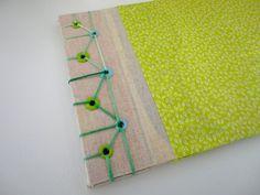 59 Ideas for book binding diy how to make bookbinding tutorial 5 Minutes Journal, Scrapbook Albums, Scrapbooking, Diy Paper, Paper Crafts, Japanese Stab Binding, Homemade Books, Bookbinding Tutorial, Bullet Journal Printables