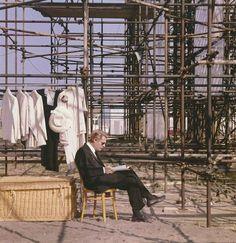Marcello Mastroianni sul set di 8½ di Federico Fellini, 1963