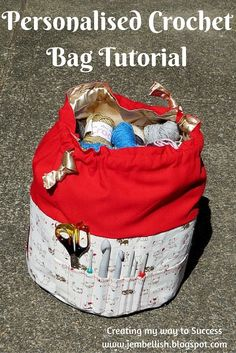How to make a Personalised Crochet Bag with a large central space for all your wool and plenty of multi-sized pockets on the side for all those crochet hooks and scissors.