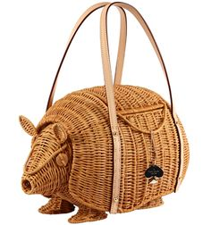 Kate Spade is making these retro Armadillo Straw Handbags. for Beckie! Animal Bag, Straw Handbags, Armadillo, Little Bag, Bag Making, Wicker, Purses And Bags, Fashion Accessories, Kate Spade
