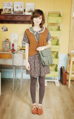 Cute and simple Mori girl fashion Harajuku Fashion, Japan Fashion, Kawaii Fashion, Cute Fashion, Fashion Outfits, Harajuku Girls, Grunge Outfits, Fashion Styles, Japanese Street Fashion