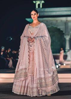 This dream-like hand-embroidered chikankari lehenga from Rahul Mishra is making our hearts flutter on repeat. Indian Bridal Outfits, Indian Designer Outfits, Bridal Dresses, Designer Dresses, Indian Designers, Fashion Designers, Wedding Dress, Bridesmaid Dresses, Red Lehenga