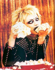 This pic of Kyo always makes me laugh  XD