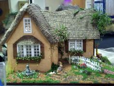 Quarter inch by Debbie Young English Cottage Miniature Rooms, Miniature Houses, Birdhouse Craft, Fairy Garden Houses, Fairy Gardens, Mini Doll House, Little Houses, Mini Houses, Rose Cottage