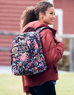 Perfect for campus, the office or vacation, this cotton backpack has a compartment for all your essentials. Whats New, Vera Bradley Backpack, Backpack Bags, Style Icons, Addiction, Cute Outfits, Bullet Journal, Backpacks, Zip