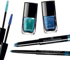 Nova coleção de maquiagem da chanel, L'Été Papillon, que chega às lojas do brasil nofimdo mês. inspirada nas cores das borboletas, vem cheia de opções de azul para compor o mood blue do momento (Foto:  )