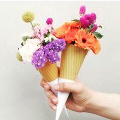 Flores pra você! 🌺🌸🌼 #semprecoleteria #Coleteria #colete #flores #inspiração www.coleteria.com.br