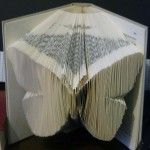 Livre plié papillon (Butterfly folded book)