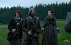 """Outlander Anatomy on Twitter: """"Lookin' good lass. Claire snagged Jamie's sword belt? Safe 'round her waist - not in his hands  Never again!"""