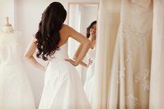 Toma nota de estos consejos para la prueba del vestido de novia #bodas #ElBlogdeMaríaJosé #Vestidonovia