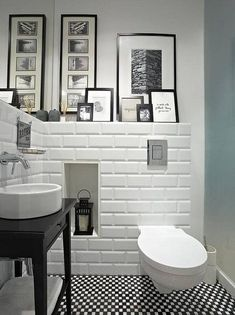 moderne Badezimmer von Deeco 3 Modern Small Bathroom Ideas - Great Bathroom Renovation Ideas That Wi White Bathroom, Bathroom Interior, Small Bathroom, Bathroom Ideas, Bathroom Niche, Bathroom Pictures, Zebra Bathroom, Nature Bathroom, Target Bathroom