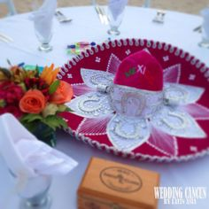 "Nice pink ""Charro sombrero""!! #mexicanstyle #wedding #LoveMexico http://gotomexico.co.uk/mexican-folklore/"