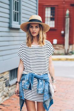 stripe t-shirt dress and straw hat / Prosecco & Plaid