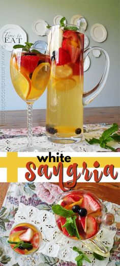 Learn how to make this party favorite White Sangria filled with fresh fruit such as peaches apples oranges strawberries blackberries and blueberries! White Moscato is the star in this refreshing summer sangria. White Zinfandel Sangria, Sangria Mix, Summer Sangria, Summer Cocktails, Summer White Sangria Recipe, Sangria Party, Riesling Wine, Blackberry Sangria, Diner En Blanc