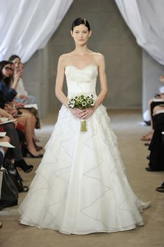 Carolina Herrera 7 | Weddingbells.ca