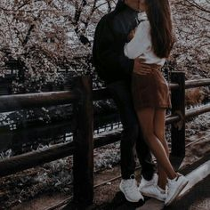 Cute Couples Photos, Cute Couple Pictures, Cute Couples Goals, Romantic Couples, Couple Goals, Couple Photos, Romantic Pictures, Relationship Goals Pictures, Cute Relationships