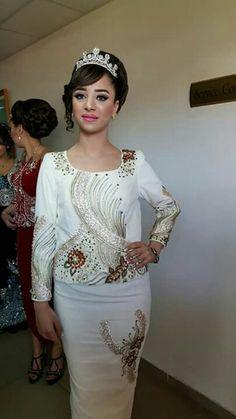 Karakou algérois moderne #traditions #Algerie #Tlemcen #Karakou #blanc #white