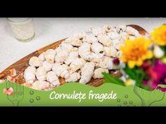 Reteta - Cornulete fragede | Bucataras TV - YouTube Krispie Treats, Rice Krispies, Fondant, Cake Recipes, Cereal, Gem, Breakfast, Desserts, Christmas