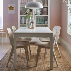 Make dinner a daily pleasure - IKEA Ikea Dining Table, Extendable Dining Table, Dining Furniture, Dining Area, Kitchen Dining, Home Furniture, Dining Chairs, Kitchen Post, Ikea Inspiration