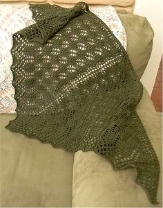 Ravelry: Balsam Shawl pattern by Jessica L'Heureux